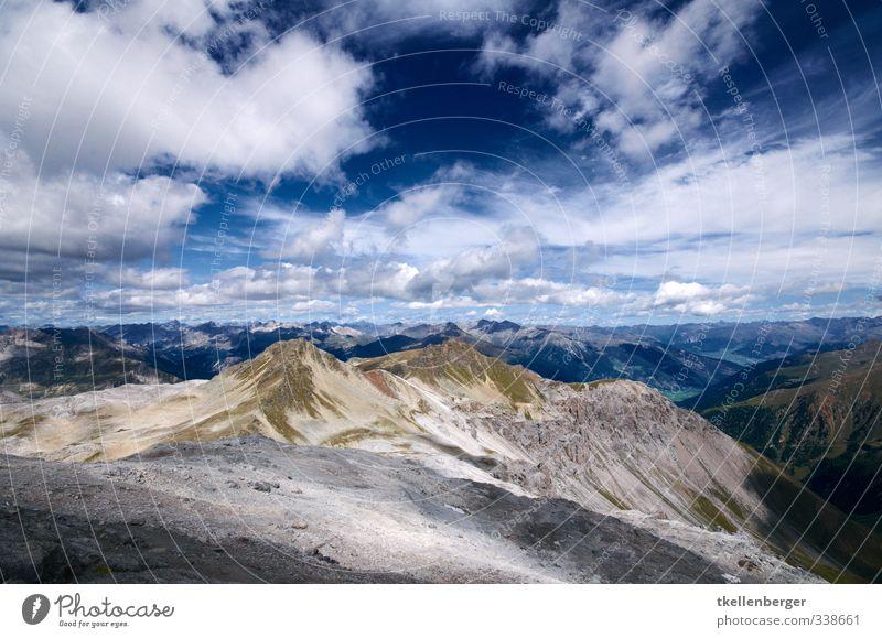 Piz Umbrail Himmel Natur blau Sommer Wolken Ferne Berge u. Gebirge grau Sand Felsen natürlich braun Wetter Erde wandern Schönes Wetter