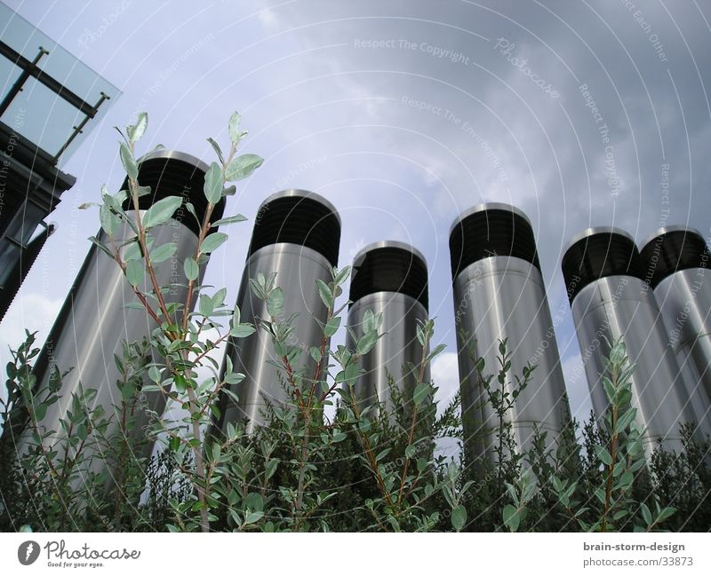 Moderne Architektur durch Hecke Architektur Perspektive Turm Hecke