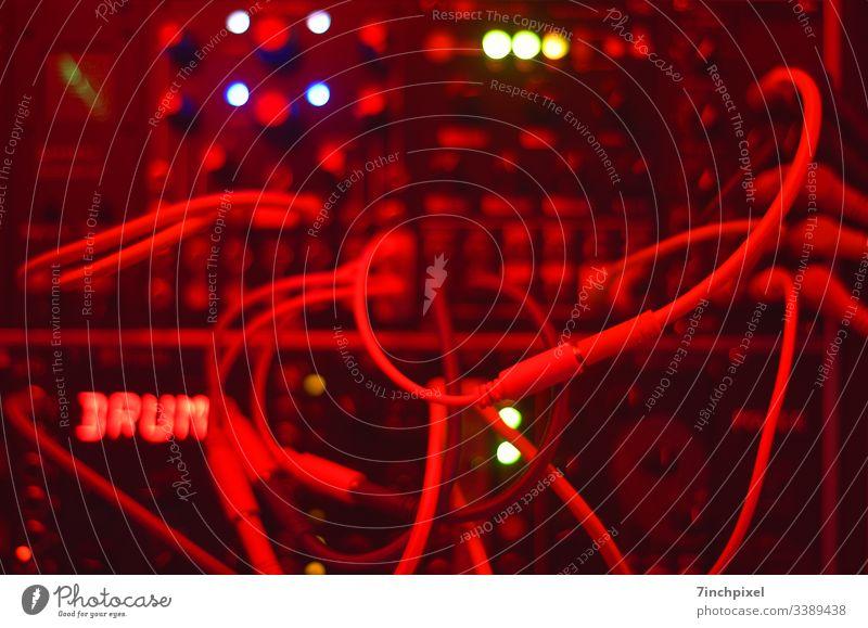 Modular Synthesizer Musik Technik & Technologie Elektrisches Gerät Klang Elektronik Patchkabel Unschärfe Innenaufnahme Textfreiraum Kreativität Komposition