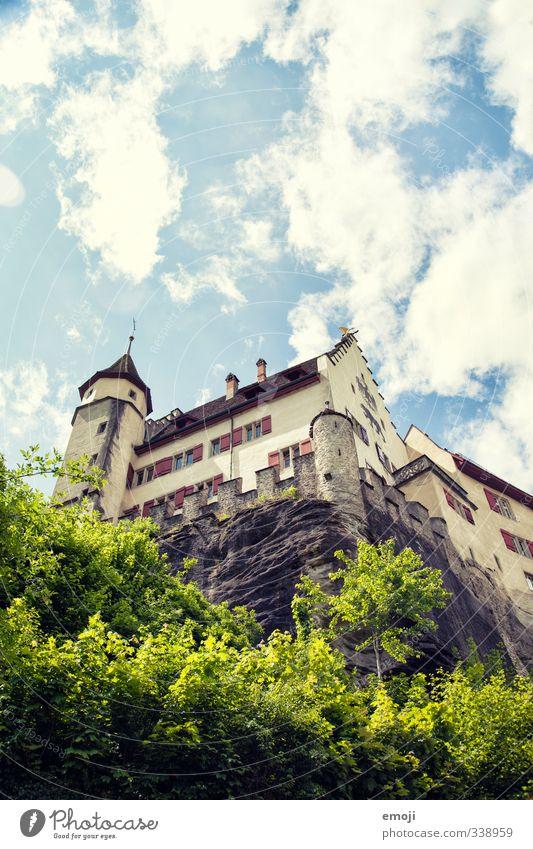 in Stein gemeisselt Himmel alt Felsen natürlich Schönes Wetter Sträucher Hügel historisch Burg oder Schloss Denkmal Wahrzeichen Sehenswürdigkeit