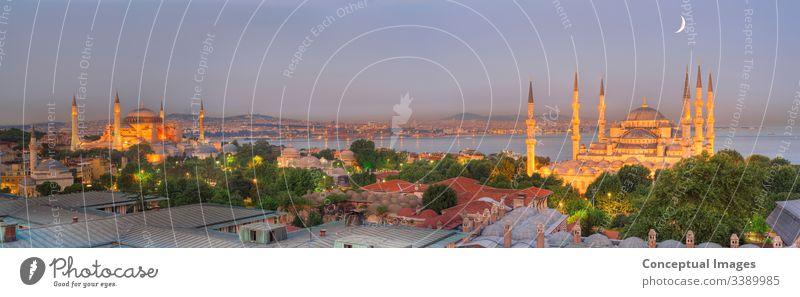 Panoramabild der Skyline von Istanbul in der Abenddämmerung. Istanbul. Die Türkei. Asien. Ahmed antik arabisch architektonisch Architektur blau Blaue Moschee