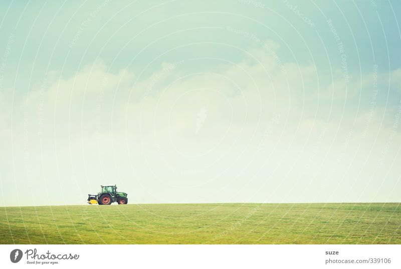 Bauerpower Arbeit & Erwerbstätigkeit Landwirtschaft Forstwirtschaft Umwelt Natur Urelemente Luft Himmel Wolken Horizont Schönes Wetter Wiese Feld Verkehrsmittel