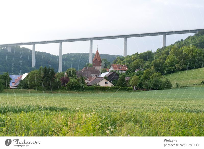 Brücke Hohenlohe Autobahn kochertal Verkehrswege Straße Autofahren Straßenverkehr Verkehrsmittel