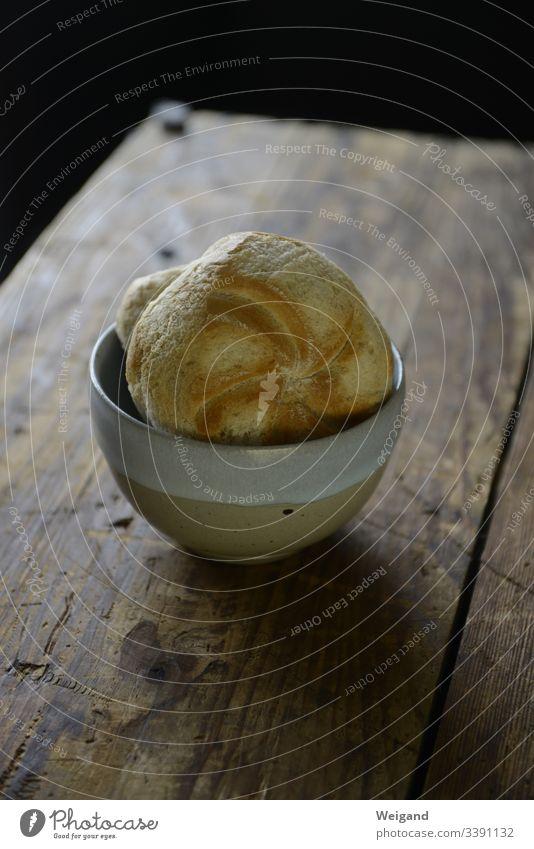 Brötchen Brot einfach essen Ernährung Lebensmittel lecker Innenaufnahme Frühstück frisch Teigwaren Backwaren Farbfoto Abendessen Brunch Bioprodukte