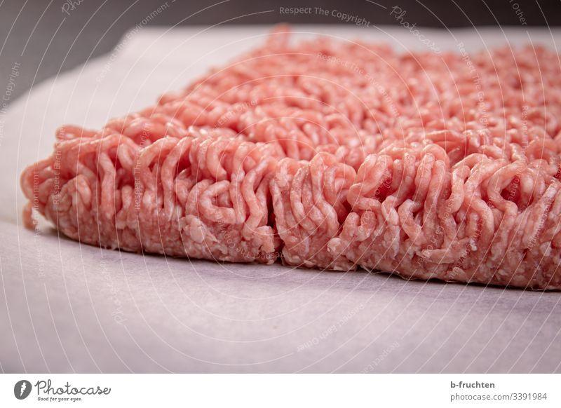 Hackfleisch Fleisch Faschiertes Ernährung Bioprodukte Essen zubereiten Schweinefleisch Rindfleisch Nahaufnahme roh rohes fleisch küche zubereitung