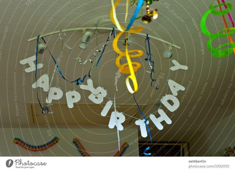 HAPPY BIRTHDAY Geburtstag Schmuck Dekoration & Verzierung Happy Birthday Party Buchstaben Kette Glückwünsche geburtstagsparty Luftschlangen gute laune spass