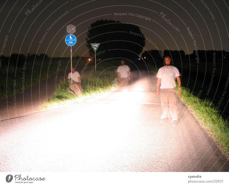 Ghost Mann Himmel Straße hell