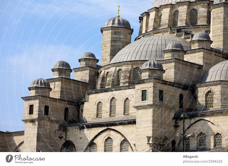 Neue Moschee in Istanbul Truthahn historisch Wahrzeichen Gebäude religiös Struktur Architektur Außenseite im Freien Erbe camii Sultanahmet reisen Tourist