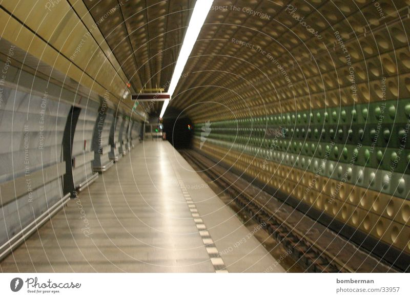 Metro 2 Verkehr U-Bahn