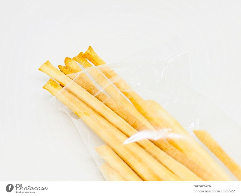 Eine Gruppe italienischer Brotstangen, isoliert auf weißem Hintergrund Lebensmittel Snack Amuse-Gueule Italienisch gebacken kleben lecker frisch Mahlzeit Küche