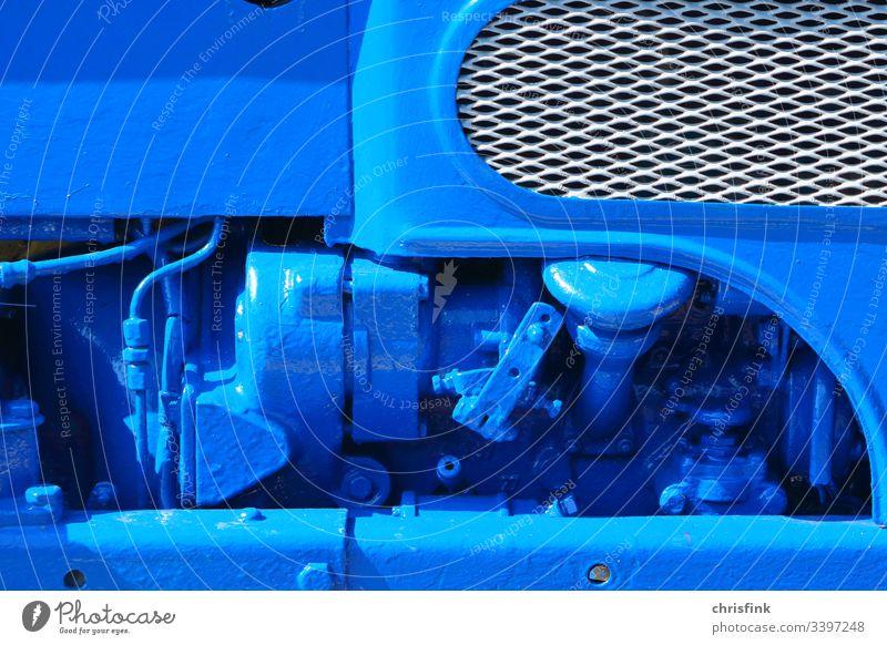 Maschine blau lackiert maschine motor technik technologie traktor generator energie fortschritt umwelt klima verschmutzung einfarbig antik alt Energiewirtschaft