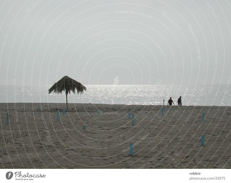 Am Strand Meer Italien Abenddämmerung