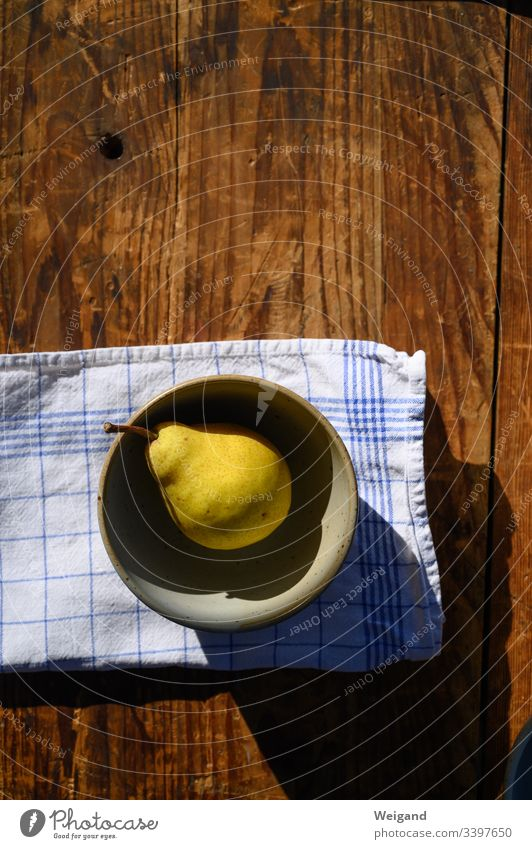 Birne obst frucht reif lecker Ernährung Herbst süß Schale handtuch Frucht Vegetarische Ernährung Gesundheit Lebensmittel Bioprodukte