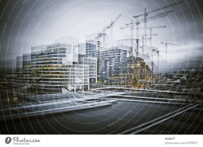 Doppelschicht Stadt grau modern Baustelle Bankgebäude Doppelbelichtung Stadtrand Bürogebäude