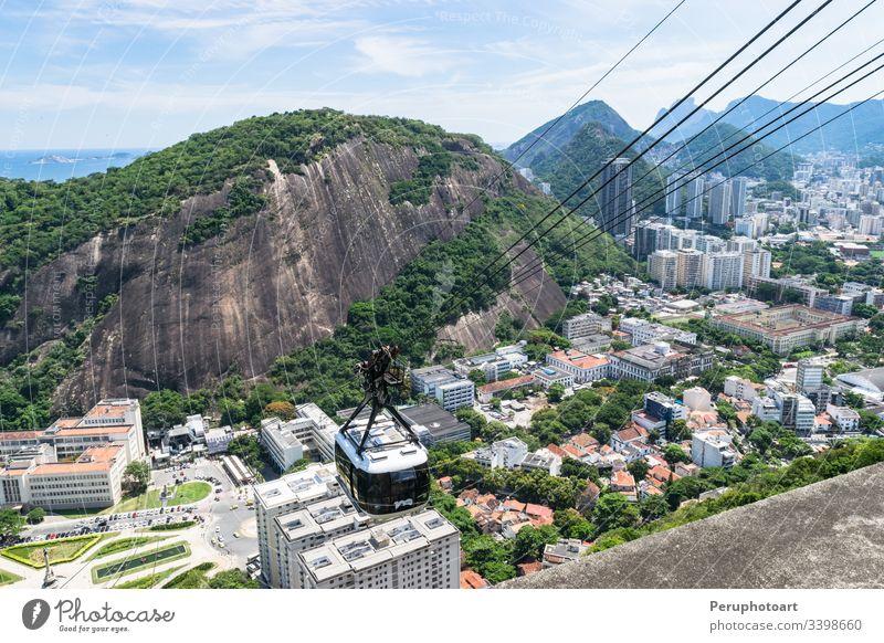 Blick auf die Standseilbahn am Aussichtspunkt Zuckerhut. Botafogo Brasilien Großstadt Hügel Berge u. Gebirge Panorama rio reisen Urca Antenne amerika Bucht