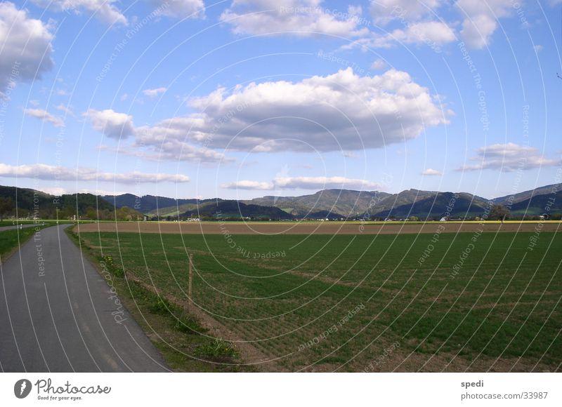 Wolken über Schwarzwald Berge u. Gebirge Fußweg