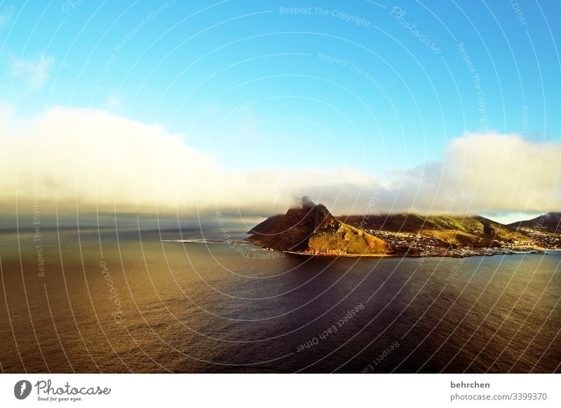 sonnenaufgang über hout bay Kontrast Licht Außenaufnahme Farbfoto Kapstadt Fernweh Südafrika fantastisch außergewöhnlich Meer Küste Strand Wellen