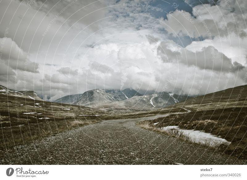 NorWegen Wolken Berge u. Gebirge Wege & Pfade Unendlichkeit Einsamkeit Erwartung Ferne Norwegen Rondane Gedeckte Farben Außenaufnahme Menschenleer