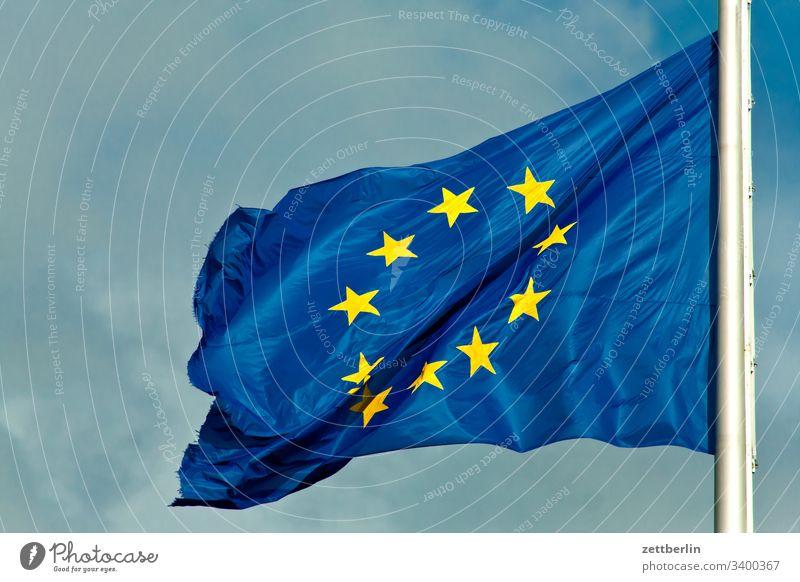 Europa-Fahne außen berlin bundestag charlottenburg deutschland europa europafahne hauptstadt mitte parlament regierung regierungsbauten regierungsviertel