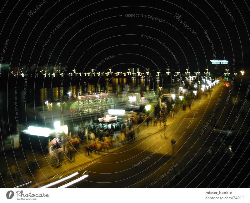 Dresden bei Nacht Europa Elbe Brühlsche Terasse