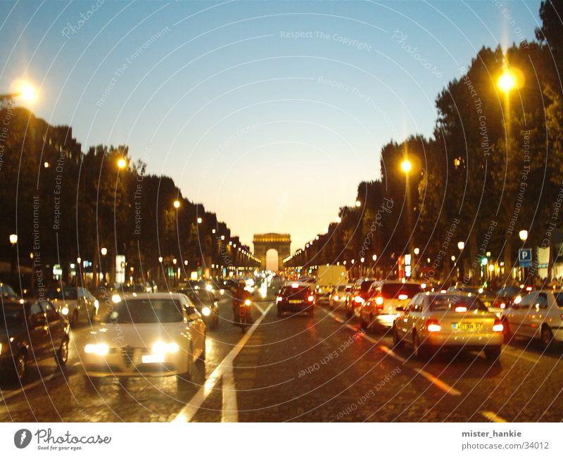 Champs-Elysées Paris Europa Arc de Triomphe