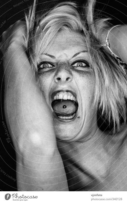 Defcon One Mensch Frau Jugendliche weiß schwarz Gesicht Erwachsene Auge feminin 18-30 Jahre Haare & Frisuren Kopf blond Mund verrückt Nase