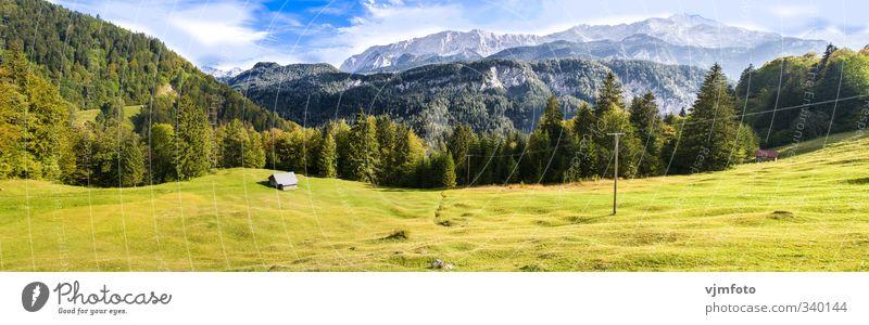 Idyllische Berglandschaft Natur Landschaft Pflanze Himmel Wolken Sommer Schönes Wetter Baum Wiese Wald Berge u. Gebirge Ferne Erholung Horizont Umwelt