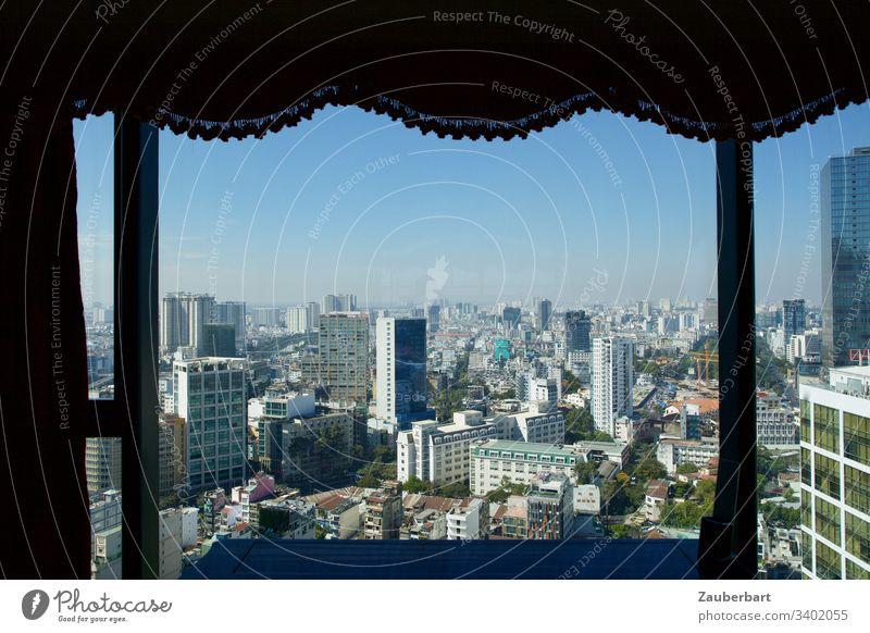 Blick auf Hochhäuser im Zentrum von Ho-Chi-Minh-Stadt aus Hotelzimmer Großstadt Panorama Skyline Panorama (Aussicht) Hochhaus Stadtzentrum Himmel urban