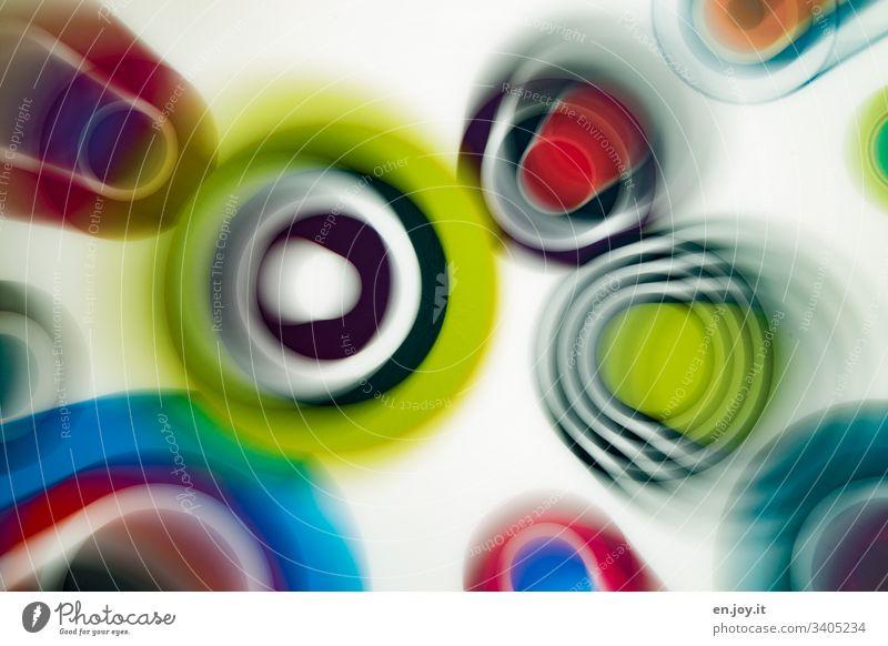 Bunte Kreise in verschiedenen Größen Kringel Rund Farbe Farbig Verschieden Diversität Unschärfe Muster Design Anordnung Chaos Abstrakt Ringe Schön Zufall