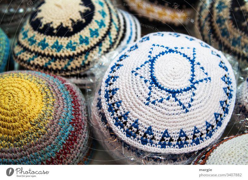 Kopfbedeckungen, gehäkelte Kippa mit Davidstern Judentum Judenstern Kipa Israel Religion & Glaube jude Handarbeit häkeln verkaufen verkaufsstand jüdisch levi