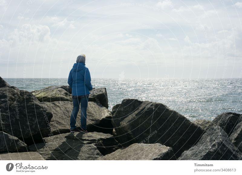 Lieblingsmensch | Steuerfrau und Schiffsärztin Mensch Frau Partnerschaft Zusammensein Liebe zusammengehörig Nordsee Himmel Licht Dänemark schauen Weite Mole