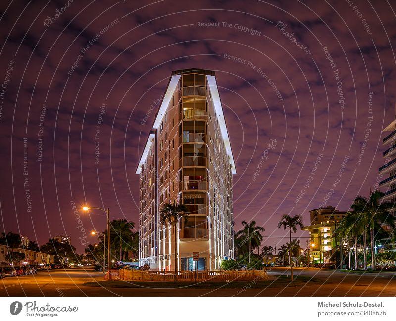Eine warme Nacht in Fort Lauderdale us usa united states vereinigte staaten Amerika america Florida sunshinestate Wolken Tree ruhe nature tranquility peace