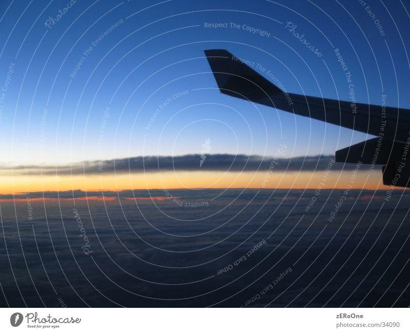 FreedomFlight Wolken Freiheit Flugzeug Taiwan