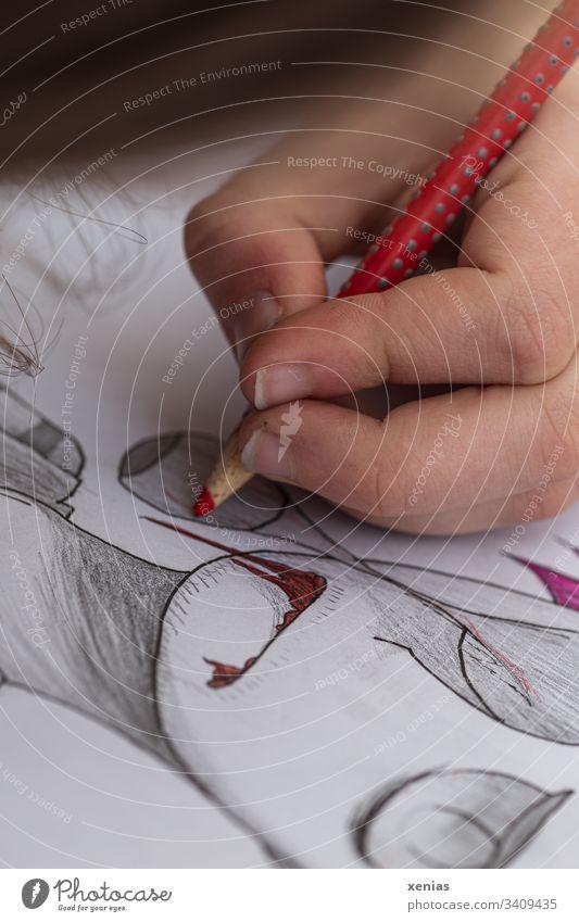 Hand eines Teenagers zeichnet ein Zombie / Bäh! Zeichnung Buntstift rot Kreativität zeichnen Grafik u. Illustration Finger malen Entwurf Freizeit & Hobby Auge