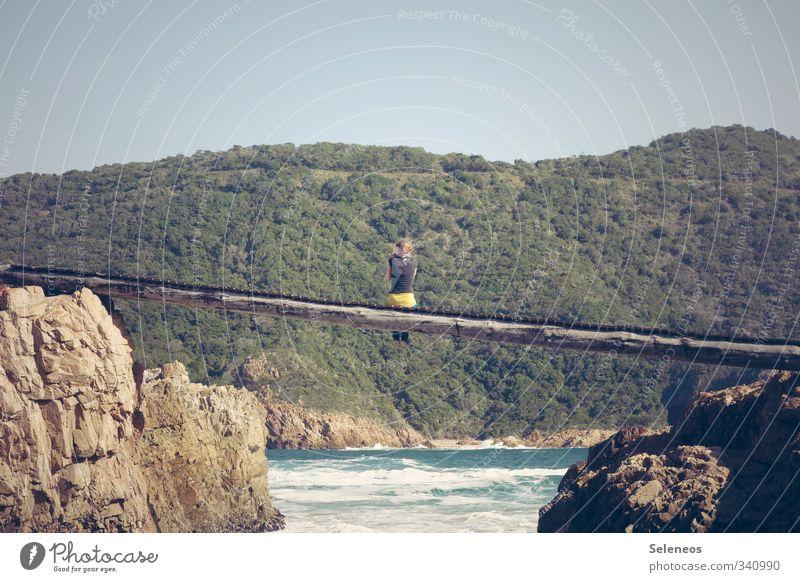 abhängen Mensch Himmel Natur Ferien & Urlaub & Reisen Sommer Sonne Meer Einsamkeit Landschaft ruhig Strand Umwelt Felsen sitzen Tourismus Insel