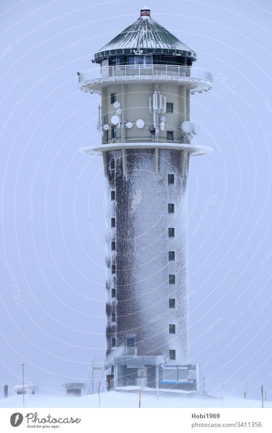 Feldbergturm auf dem Feldberg von Schnee und Eis umhüllt Turm Schwarzwald Südschwarzwald Hochschwarzwald Schneesturm Winter Skifahren Aussicht Aussichtsturm