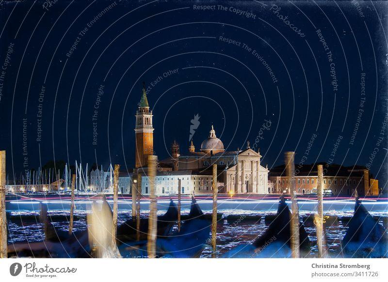 Nächtlicher Blick auf San Giorgio Maggiore Langzeitbelichtung Nacht Lagune Nachtfarbe Wasser Nachtaufnahme Gondel (Boot) Stimmung Kultur maritim Kirche