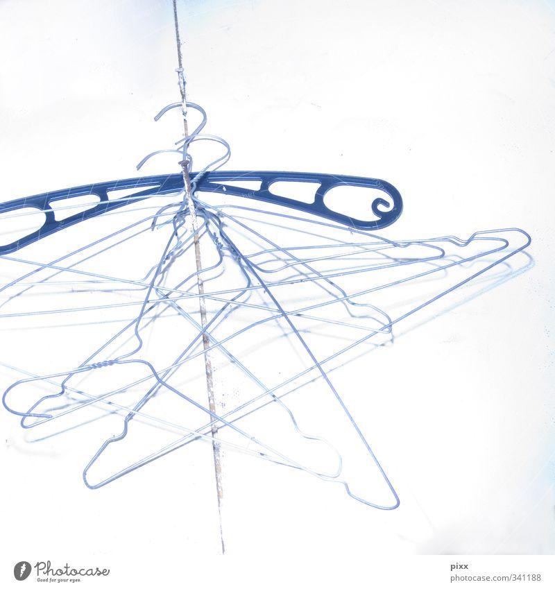 einfach mal hängen lassen Himmel Ferien & Urlaub & Reisen blau weiß Metall warten mehrere Bekleidung Seil einfach Sicherheit Sauberkeit viele Kunststoff rein Zusammenhalt