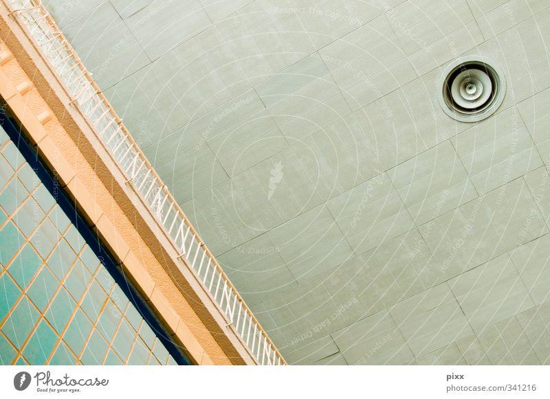 DeckenImpressionen Schwimmen & Baden Innenarchitektur Wassersport Sportstätten Schwimmbad Menschenleer Architektur Dach Metall alt beobachten eckig einfach rund