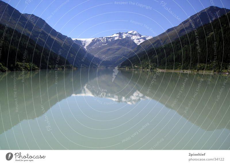 Mountain in the Mirror Wasser weiß blau Schnee Berge u. Gebirge Stausee