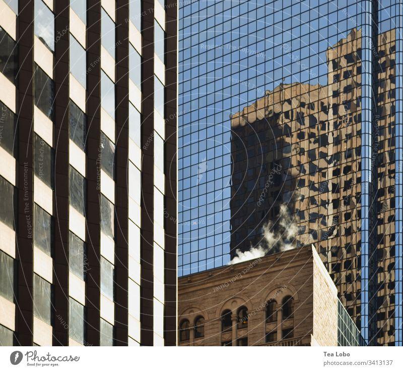 Bauen in der Großstadt Boston Reflexion & Spiegelung Architektur Hochhaus Bauwerk Glas Stadtzentrum Farbfoto Außenaufnahme Gebäude Fenster modern
