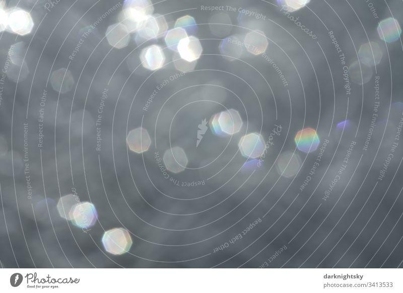 Sonnen Licht Bokeh Flecken mit Farb Spektrum und Blenden Struktur des Objektivs farbspektrum bokeh lichter Lichtbrechung Hintergrund grau Regenbogen achteckiges