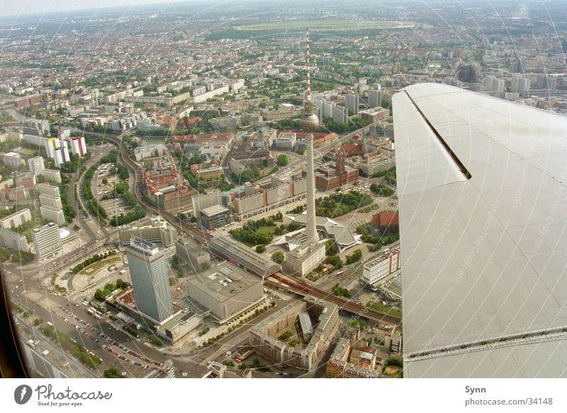 Berlin aus der Luft Luftaufnahme Berlin-Mitte Berliner Fernsehturm