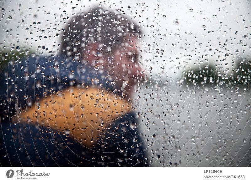 Waiting for the sun Mensch Mann Jugendliche Ferien & Urlaub & Reisen Wasser Erwachsene Umwelt Fenster Junger Mann 18-30 Jahre Freiheit Regen maskulin