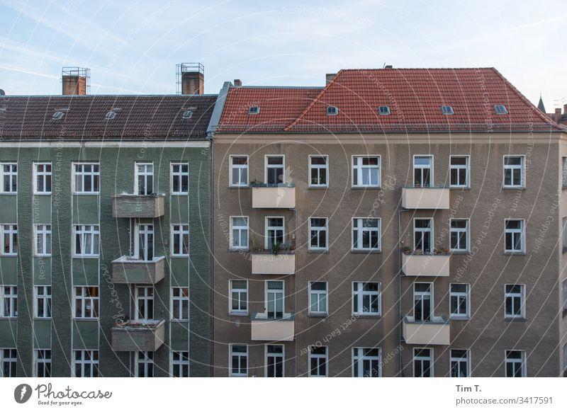 Pankow Berlin Straße Fassade Außenaufnahme Menschenleer Altbau Haus Stadt Fenster Stadtzentrum Häusliches Leben Hauptstadt Gebäude Architektur Altbauwohnung