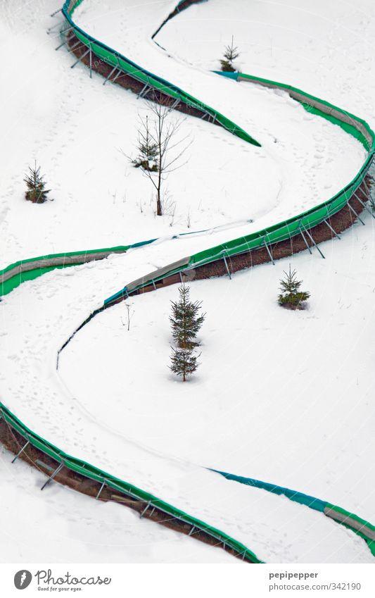 ganz schön rutschig_2 Freizeit & Hobby Spielen Ferien & Urlaub & Reisen Tourismus Winter Schnee Winterurlaub Sport Wintersport Skifahren Skipiste Rennbahn Eis