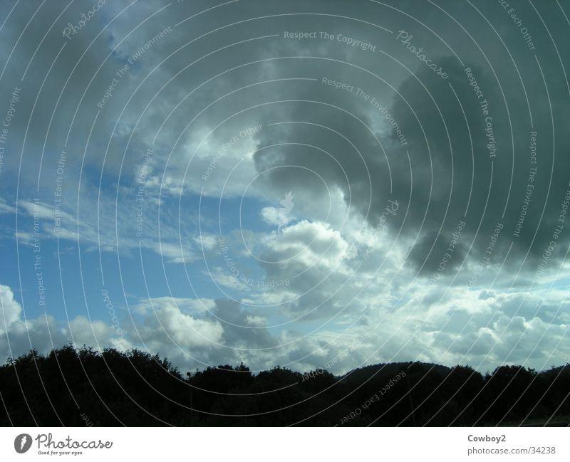 Wolken Regen Sommer schlechtes Wetter ziehen Gewitter