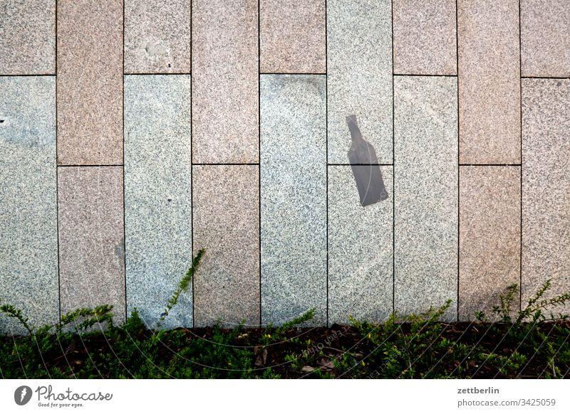 Flasche architektur berlin büro city deutschland hauptstadt haus himmel innenstadt modern neubau platz potsdamer platz tourismus verwaltung wolke fassade stein