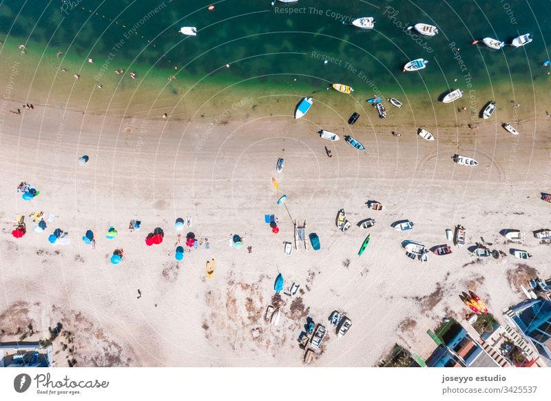 Luftaufnahme der Insel Armona, Ria Formosa, Algarve, Portugal. Ausflug Antenne armona atlantisch Bucht Strand schön blau Boot Küste Küstenlinie Ausflugsziel