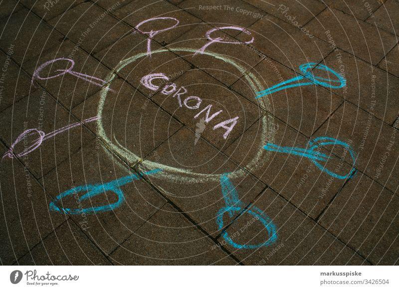Symbolisch Kreide Malerei CORONA Virus Alarm gefährlich Corona-Virus coronavirus Coronavirus SARS-CoV-2 coronakrise symbolisch malerei Kreidezeichnung